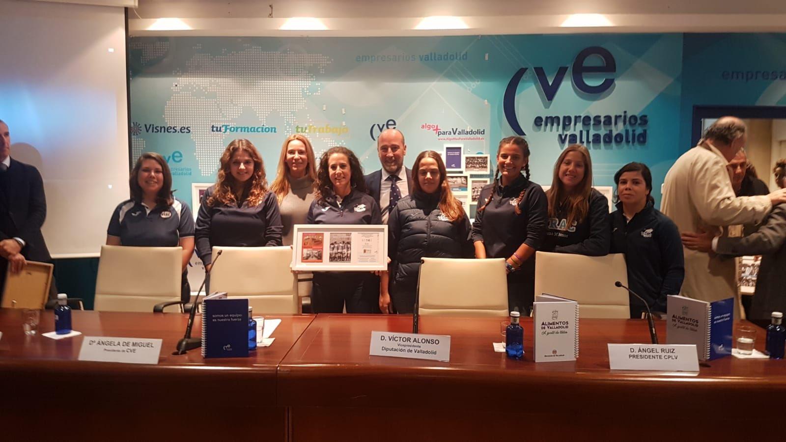 El VRAC Femenino se suma a la campaña de la CVE en apoyo al deporte femenino